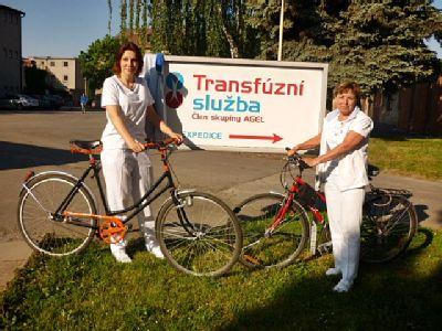 Zdravotníci Transfúzní služby a Dialýzy Šumperk soutěží a jezdí do práce na kole